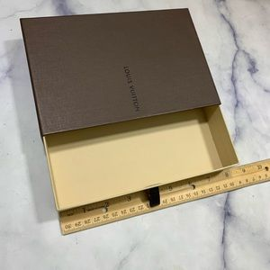 LOUIS VUITTON empty box